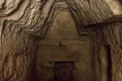Interior de ruinas en La Muerta